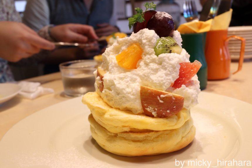 レインボーパンケーキ